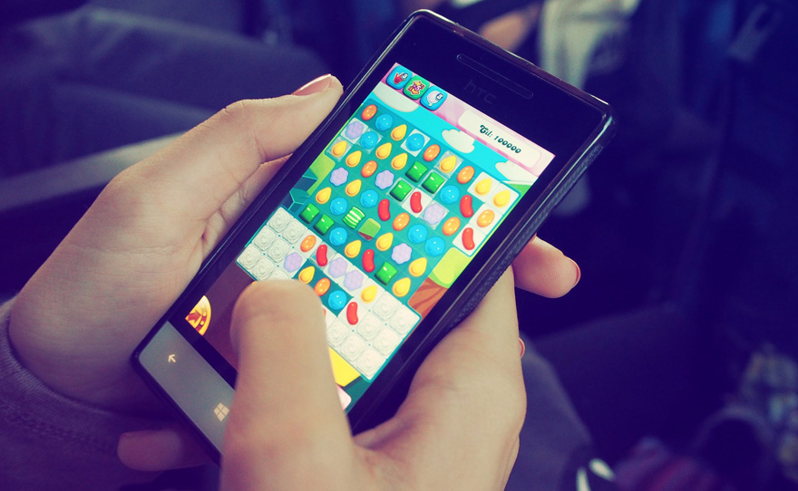 Candy Crush Saga auf dem Smartphone (Bild: Pixabay)